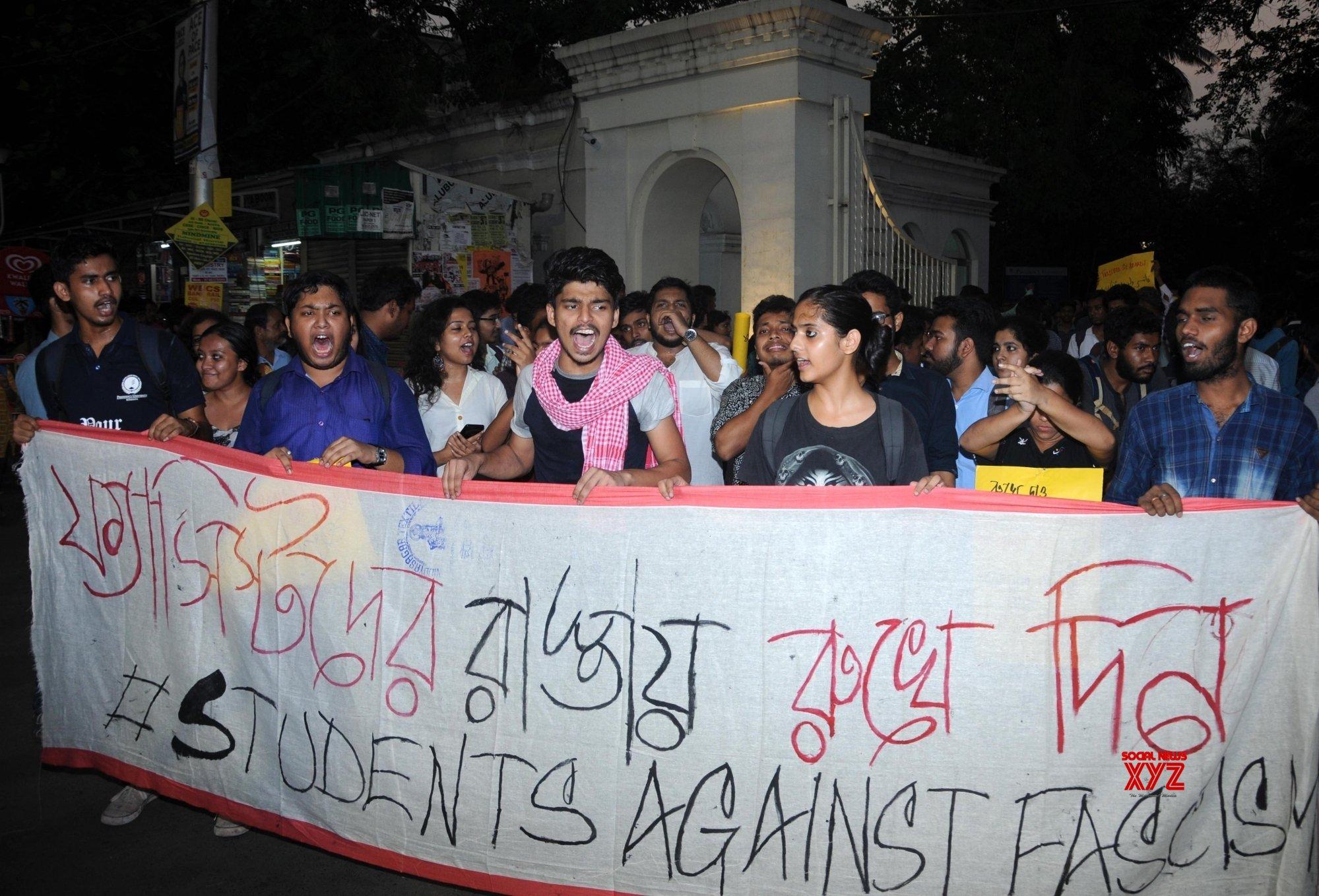 Kolkata: Presidency University students' protest march #Gallery