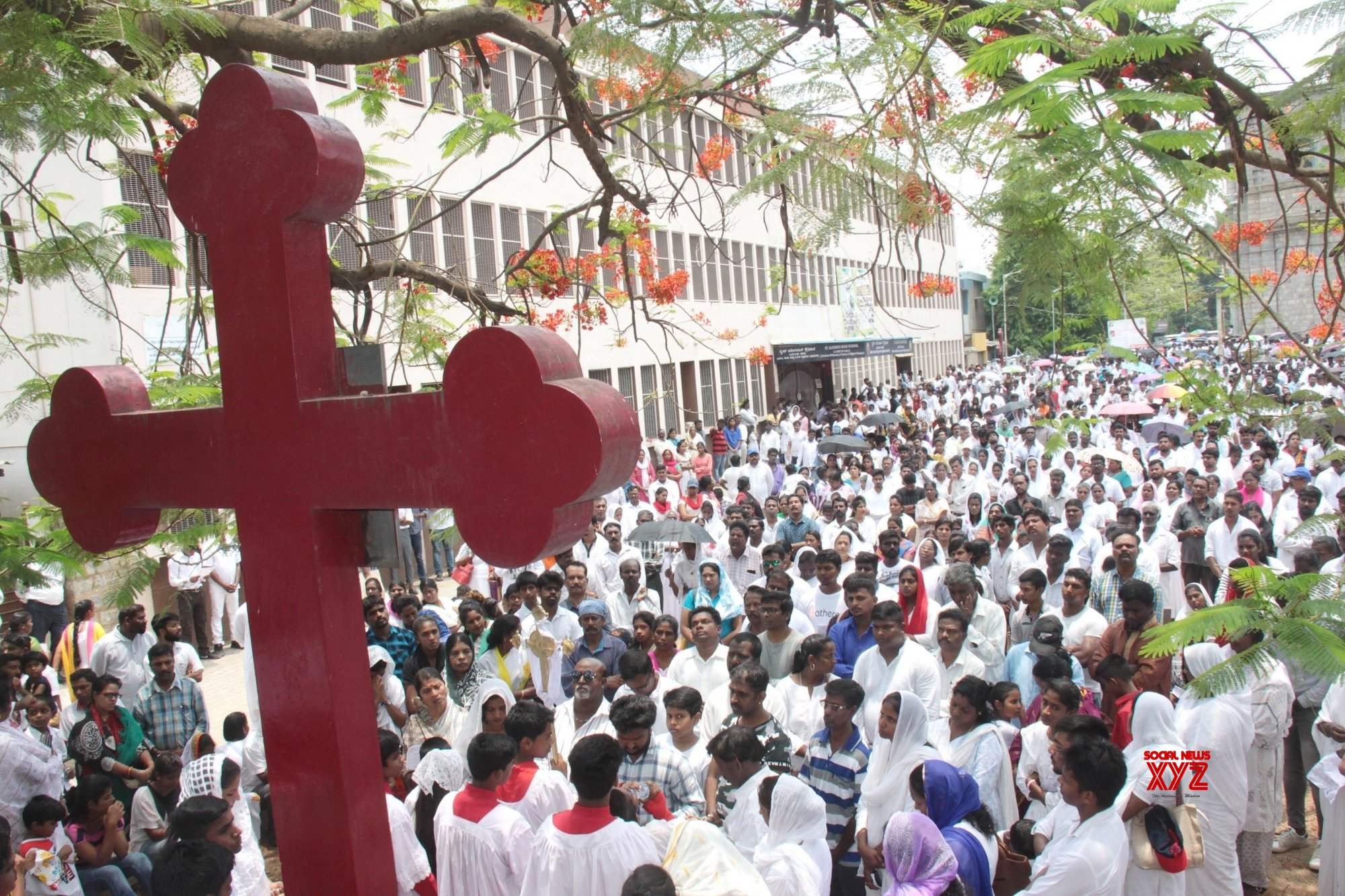 Bangalore: Good Friday - Worshipers offer prayers at St. Francis Xavier Cathedral Church #Gallery