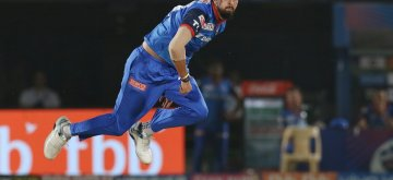 Visakhapatnam: Delhi Capitals' Ishant Sharma in action during the Eliminator match of IPL 2019 between Sunrisers Hyderabad and Delhi Capitals at Dr. Y.S. Rajasekhara Reddy Cricket Stadium in Visakhapatnam, on May 8, 2019. (Photo: Surjeet Yadav/IANS)