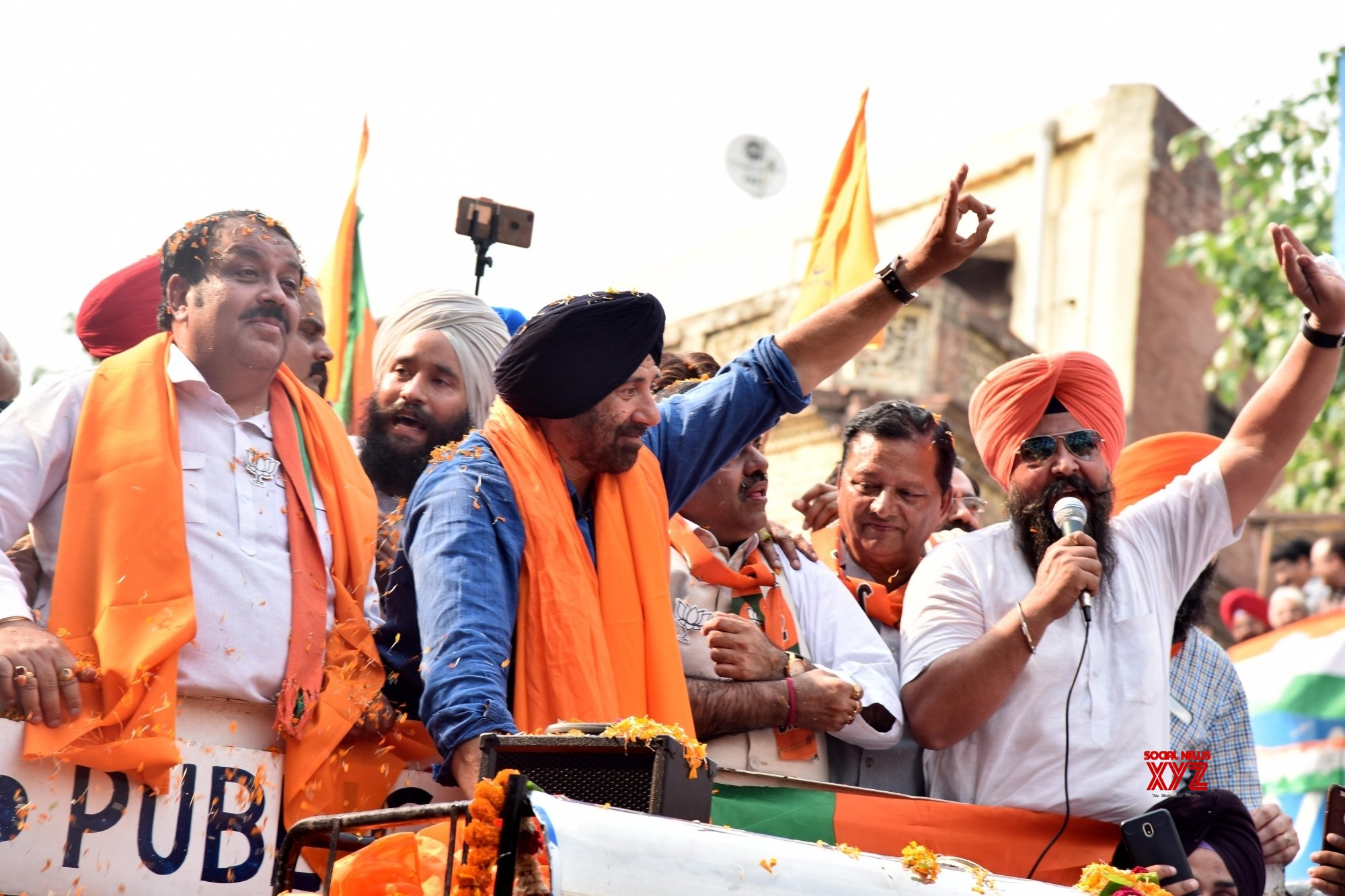 Amritsar: Sunny Deol during election campaign #Gallery