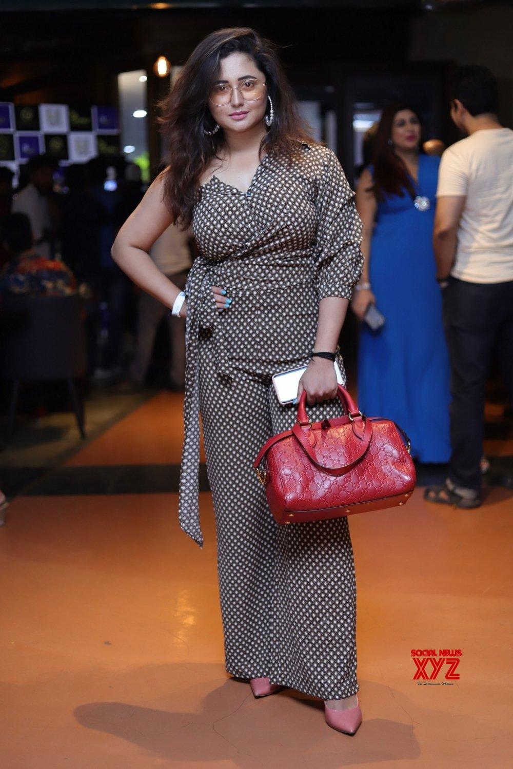 Mumbai: Chahat Khanna launches new clothing brand #Gallery