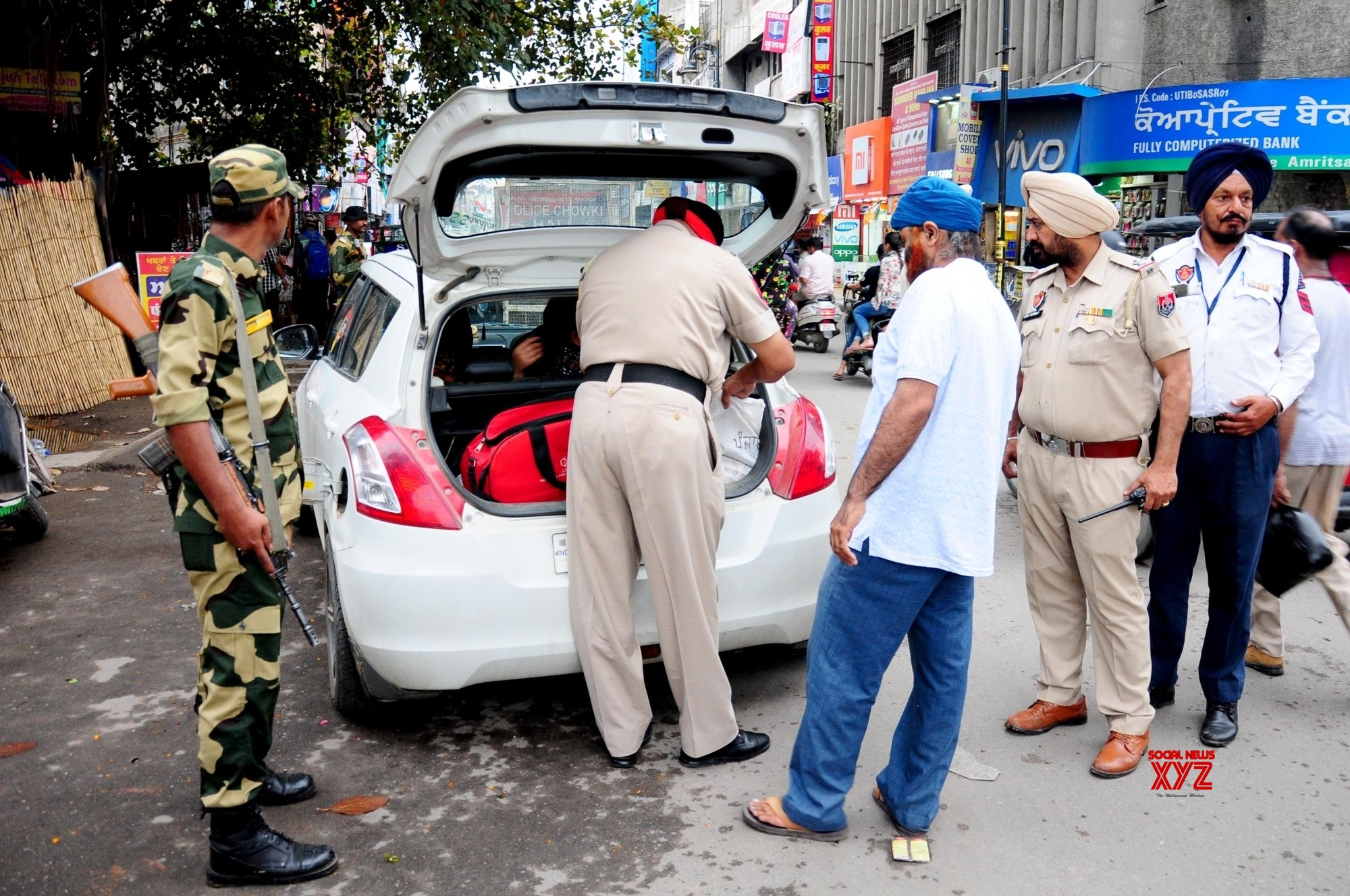Amritsar: Security beefed up ahead of the final phase of Lok Sabha polls #Gallery