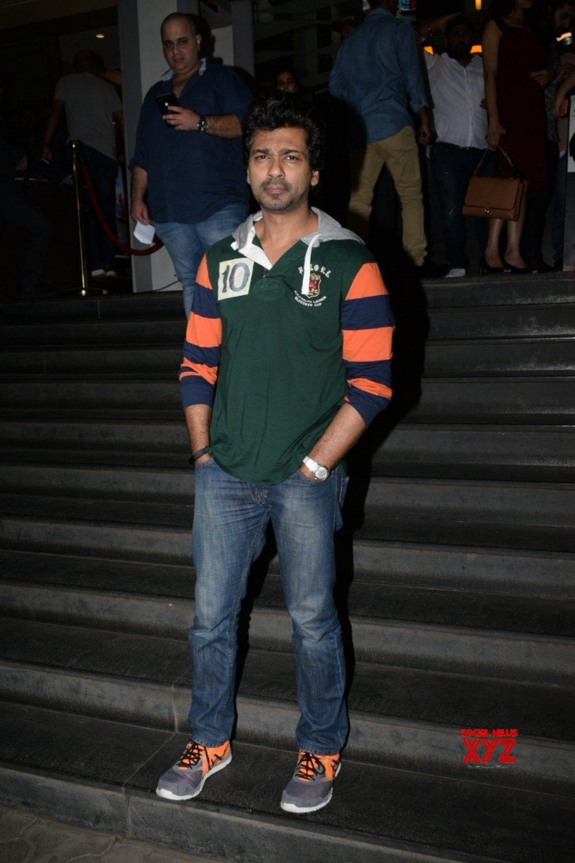 """Mumbai: Film """"De De Pyaar De"""" screening - Ayushmann Khurrana, - Alia Bhatt, - Ranbir Kapoor, Kartik Aaryan, Nikhil Dwivedi #Gallery"""