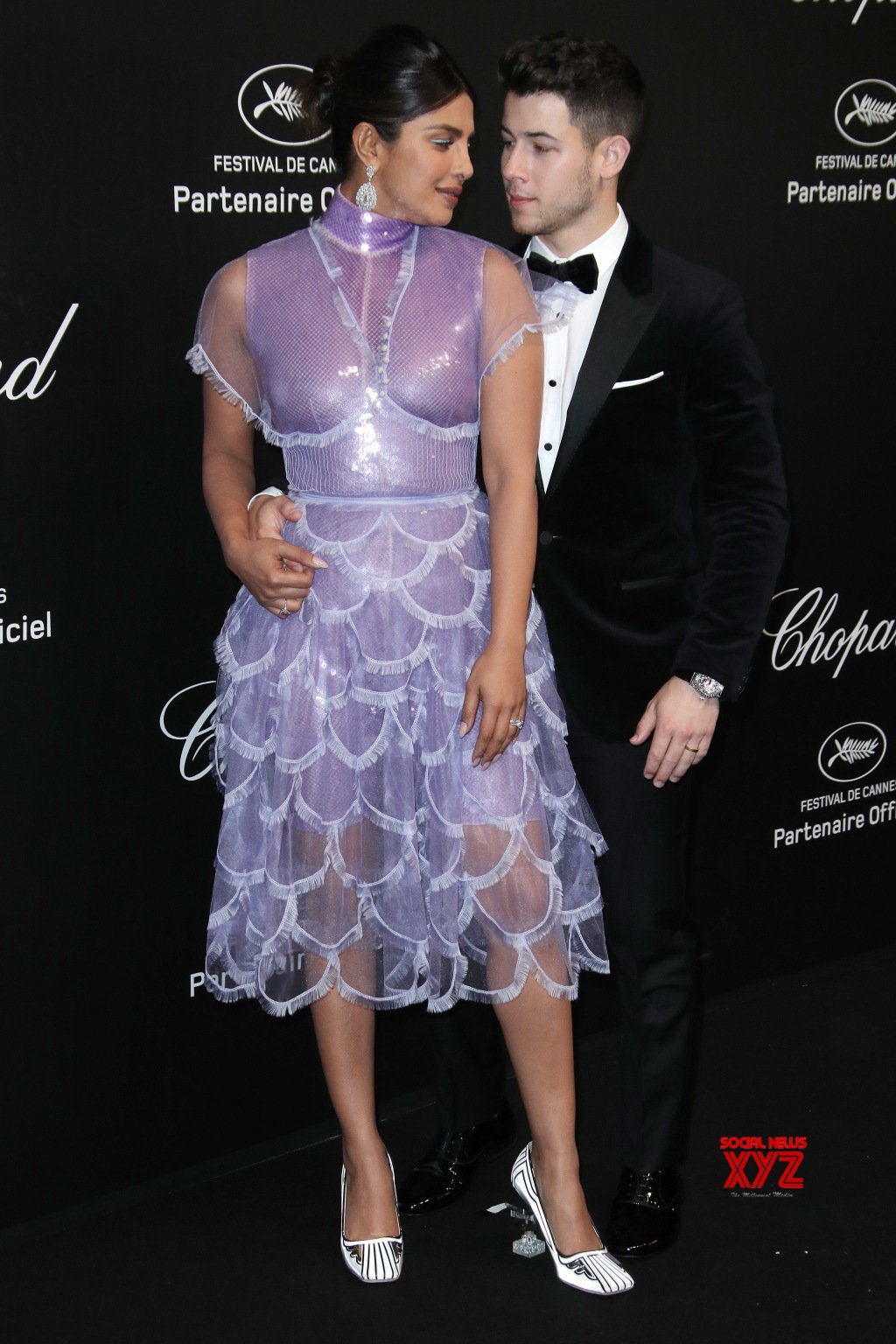 Nick Jonas And Priyanka Chopra Latest Still From Cannes 2019 Red Carpet