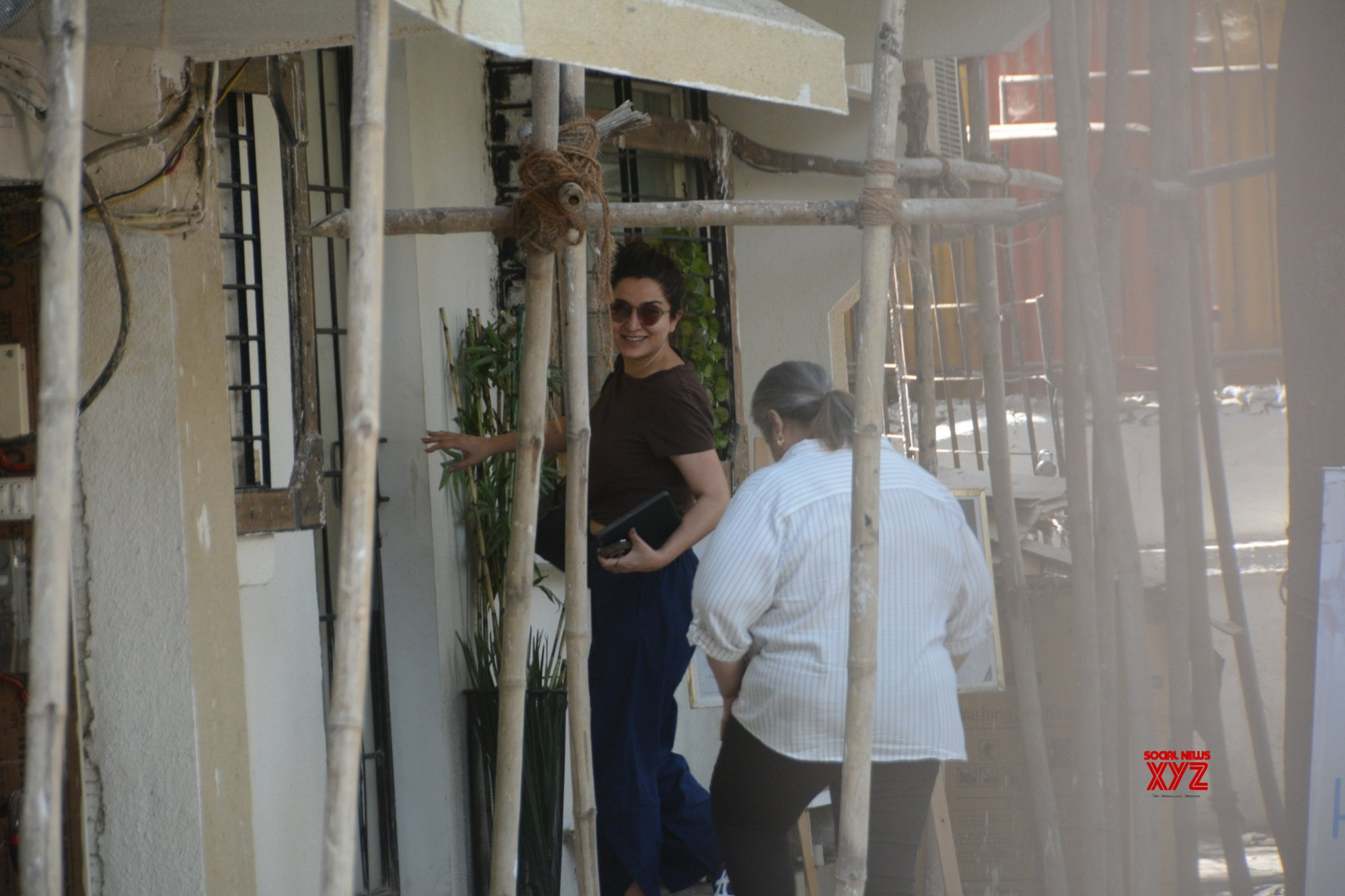 Mumbai: Tisca Chopra seen at Juhu #Gallery - Social News XYZ