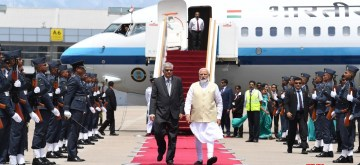 Colombo: Sri Lanka Prime Minister Ranil Wickremesinghe welcomes Prime Minister Narendra Modi on his arrival in Colombo for his 1-day visit to Sri Lanka, on June 9, 2019. (Photo: IANS/MEA)