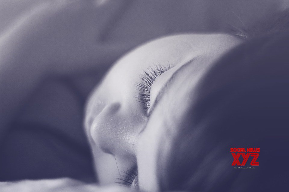 Shorter sleep at night linked to stressful events next day