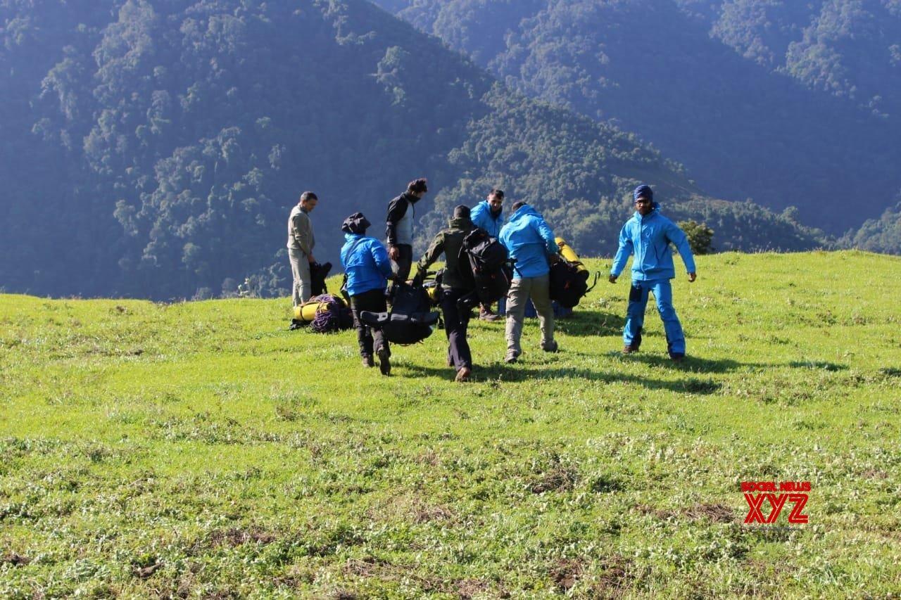 Payum: Mi 17 drops 15 mountaineers near crash site in Arunachal #Gallery