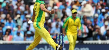 London: Australia's Mitchell Starc in action during the 14th match of 2019 World Cup between India and Australia at Kennington Oval in London on June 9, 2019. (Photo: Surjeet Yadav/IANS)