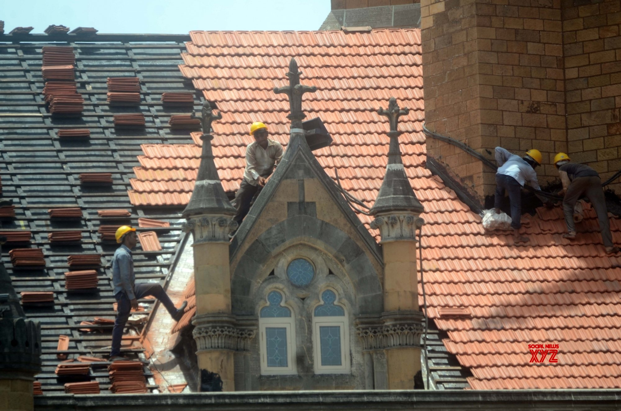 Mumbai: Repair works underway at Chhatrapati Shivaji Maharaj Terminus #Gallery