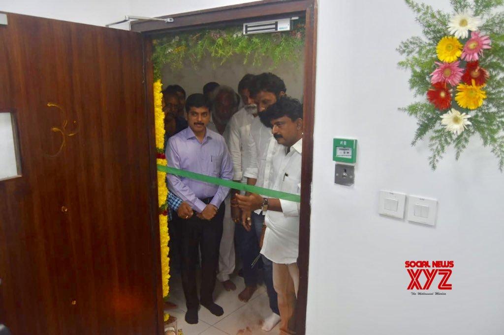 Kodali Nani Takes Charge As Minister Gallery