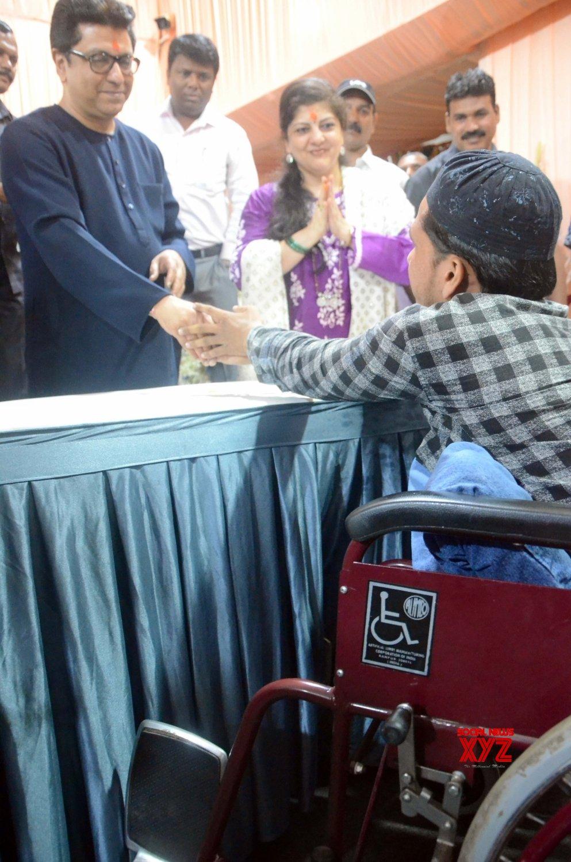 Mumbai: Raj Thackeray celebrates his birthday #Gallery