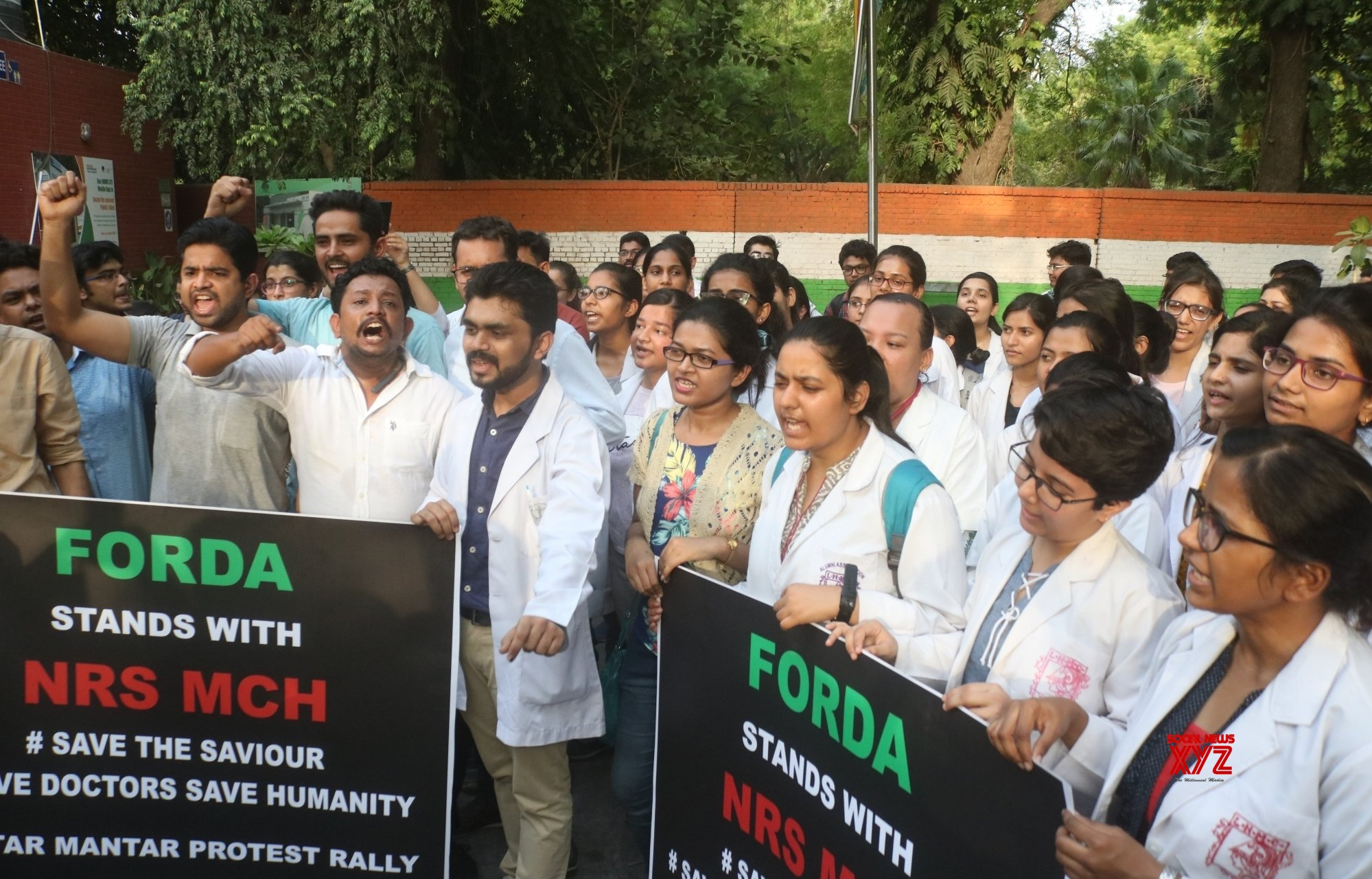 Delhi doctors 'cease work' in solidarity with Bengal brethren