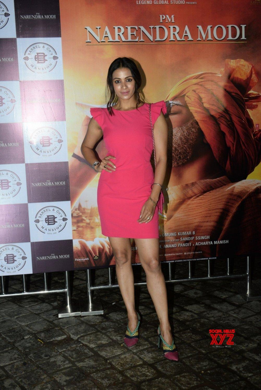 "Mumbai: Film ""PM Narendra Modi"" success party - Manoj Joshi, Barkha Bisht, Darshan Kumar #Gallery"