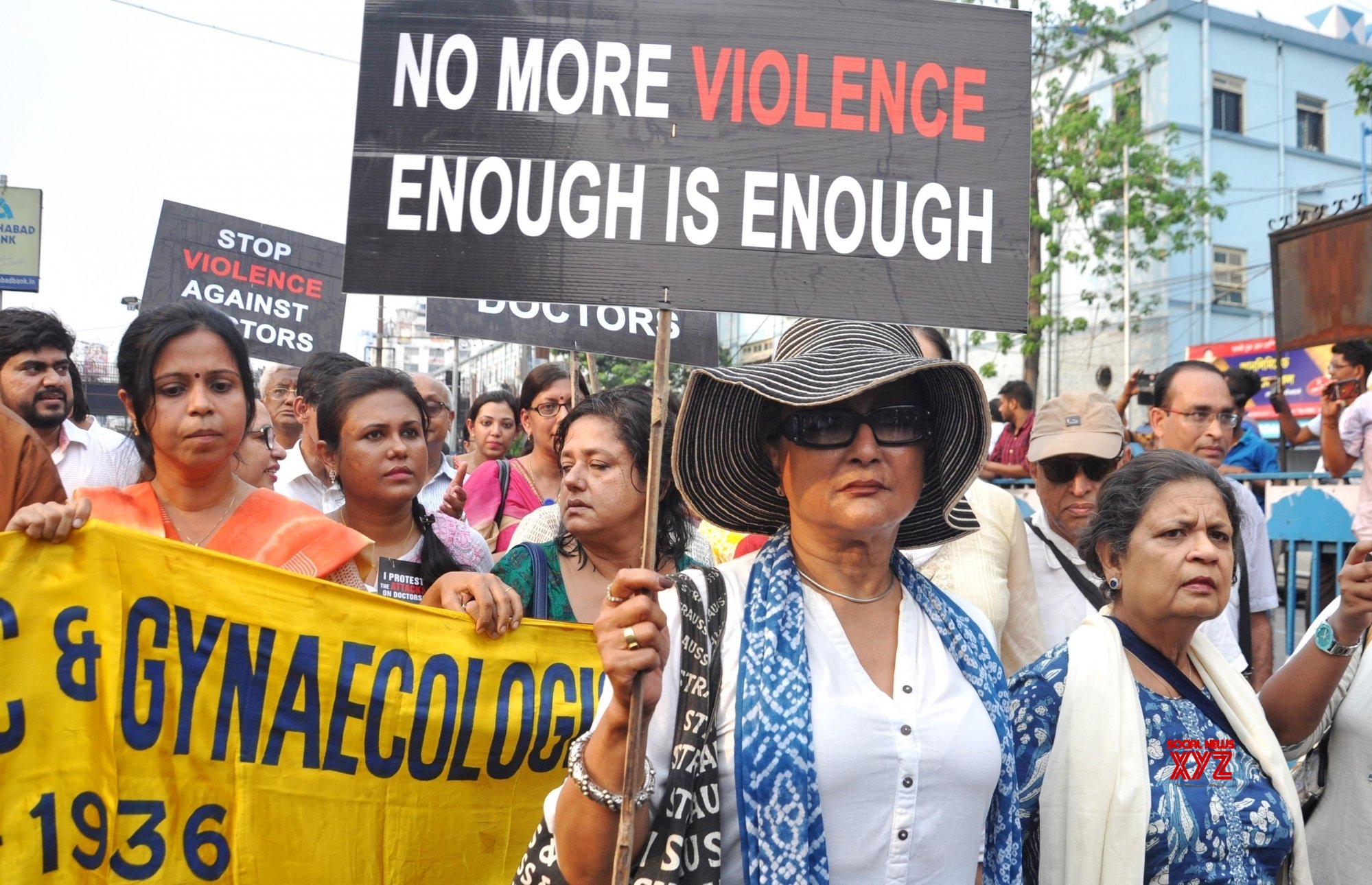 Kolkata: Aparna Sen visits NRS Medical College as Bengal doctor's strike continues (Batch - 2) #Gallery