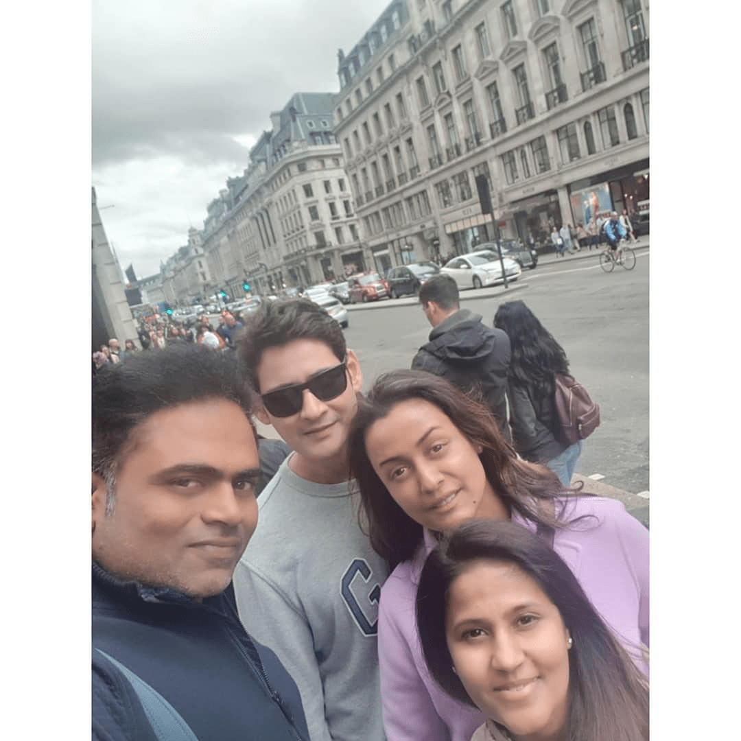 Mahesh Babu And Vamsi Paidipally With Families On The Streets Of A Rainy London