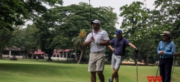 Kolkata: Former South African all-rounder Jacques Kallis enjoys Golf at Royal Calcutta Golf Course in Kolkata, on April 12, 2015. (Photo: IANS)