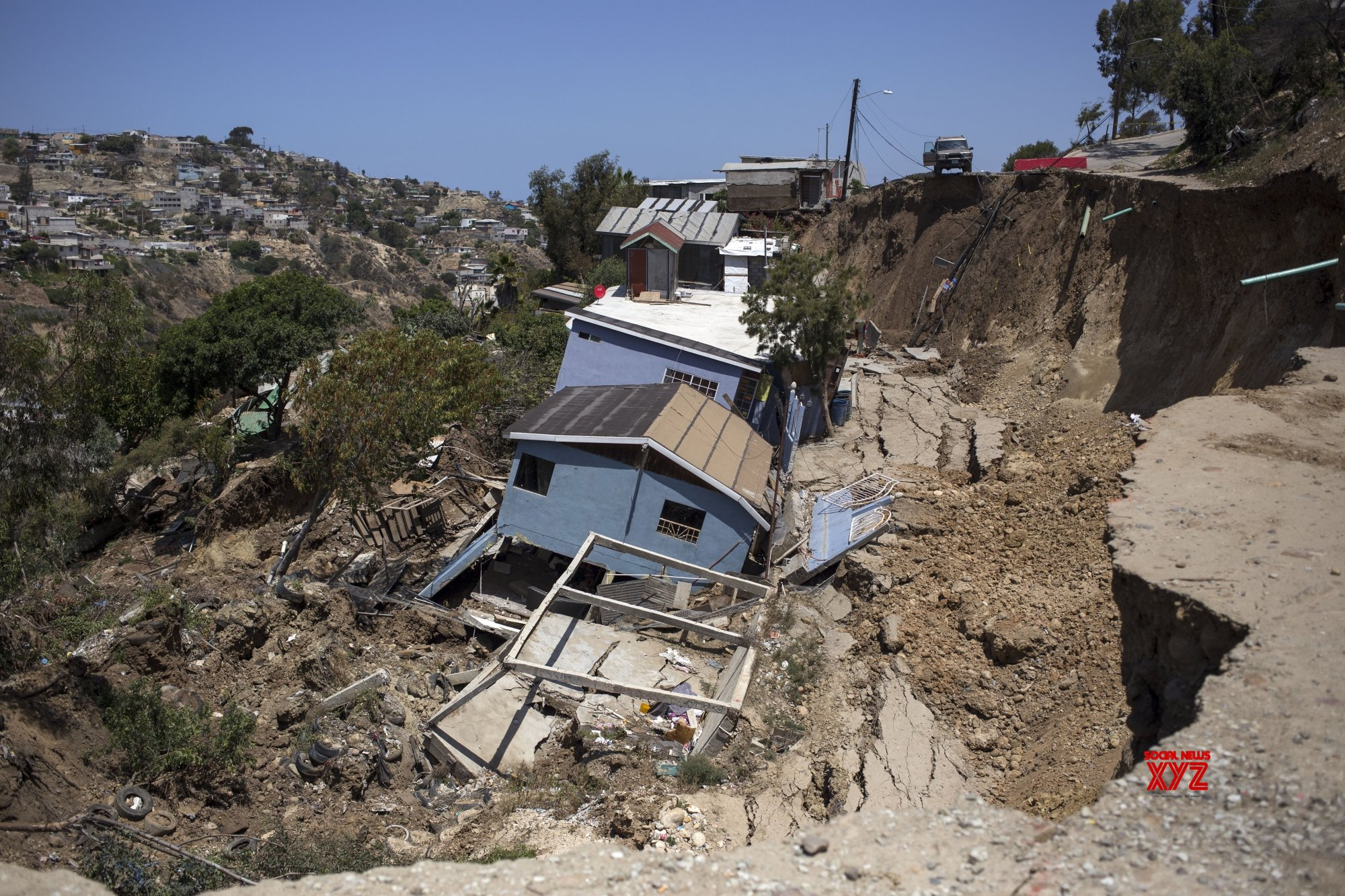 Mudslide in Mexico leaves at least 7 dead