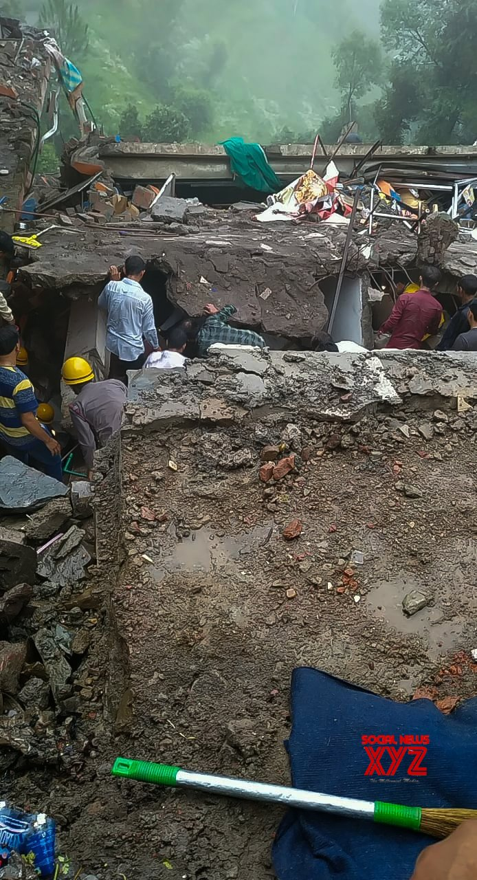 Kumarhatti (Himachal Pradesh): 10 rescued, 20 trapped in Himachal building collapse (Batch - 2) #Gallery
