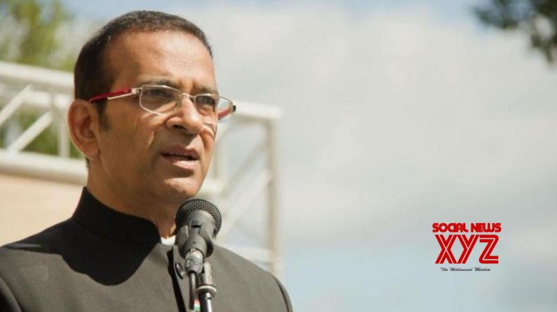 Ajay Bisaria in Delhi, Indian HC in Islamabad hoists Tricolour