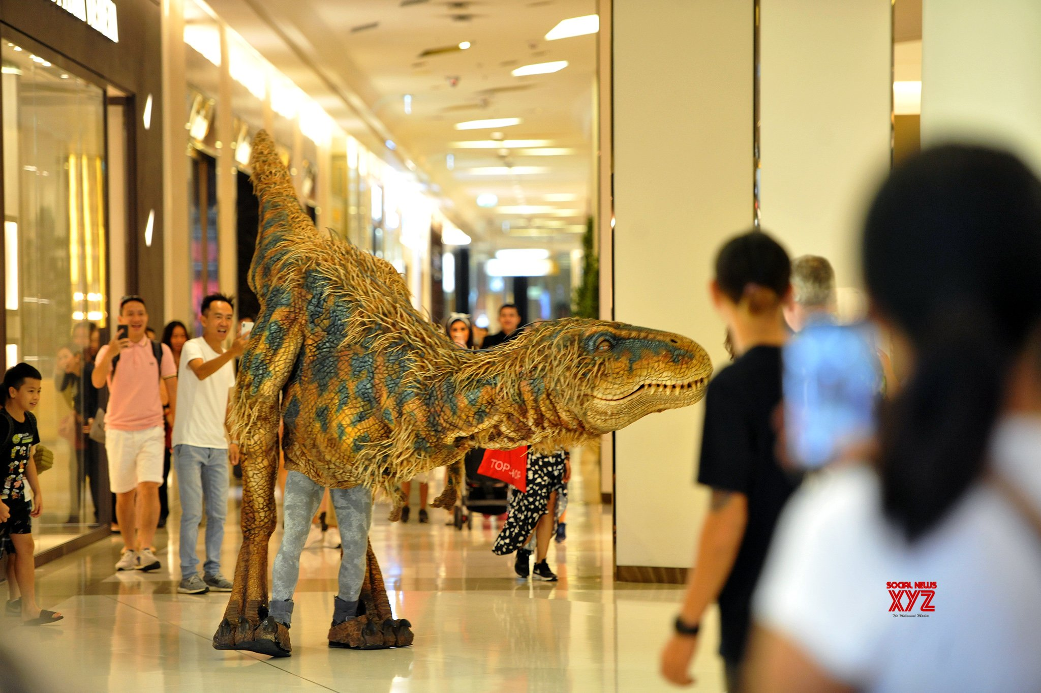 THAILAND - BANGKOK - WALKING WITH DINOSAURS #Gallery