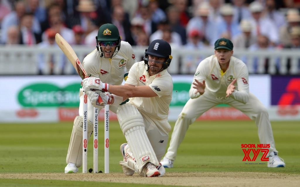 2nd Ashes Test: England reach 76/2 at Lunch