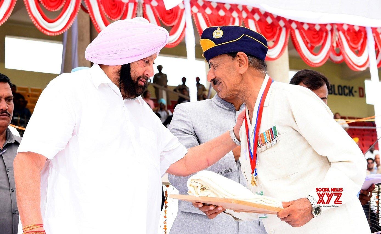 Jalandhar: Punjan CM confers State Awards during 73rd Independence Day celebrations #Gallery