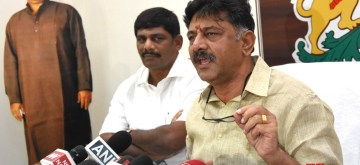 Bengaluru: Karnataka Irrigation and Medical Education Minister D.K. Shivakumar addresses a press conference, a day after the Enforcement Directorate (ED) registered a case of money laundering against him; in Bengaluru on Sept 19, 2018. (Photo: IANS)