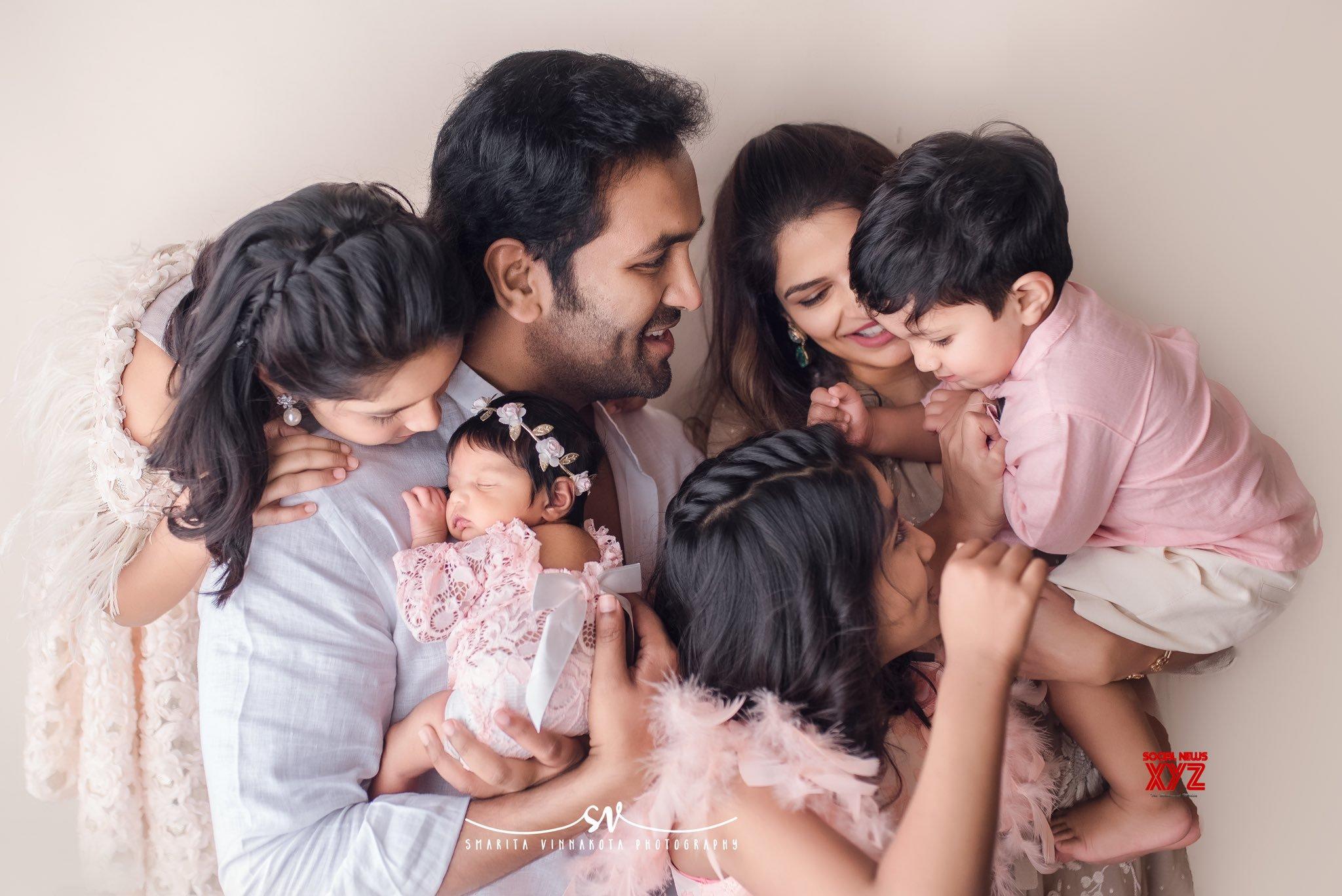 Vishnu Manchu's Loving Family Stills