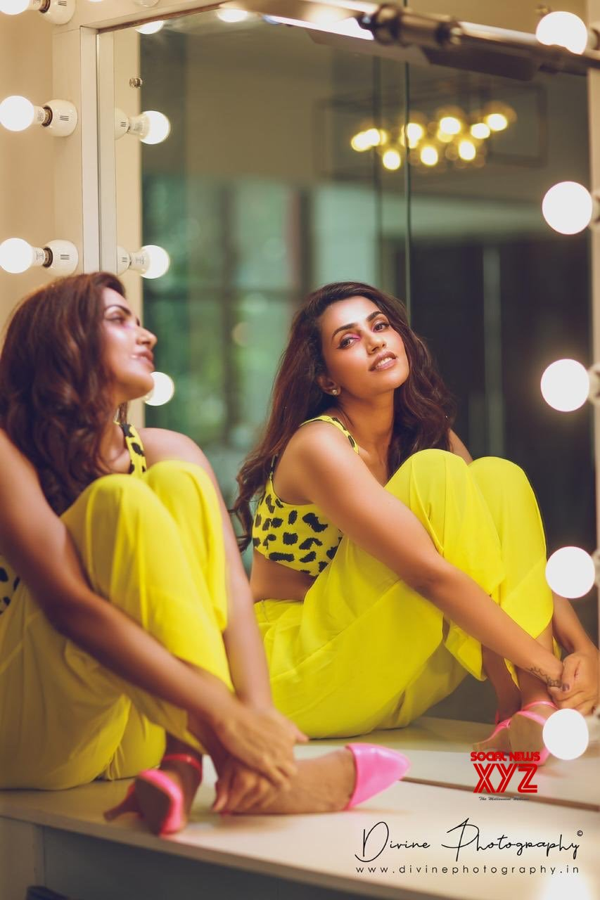 Actress Akshara Gowda Dashing Stills From A Recent Photo