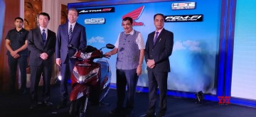 New Delhi: Union Transport Minister Nitin Gadkari at the launch of Honda 2Wheelers India's BS VI two wheeler in New Delhi on Sep 11, 2019. (Photo: Bidesh Manna/IANS)