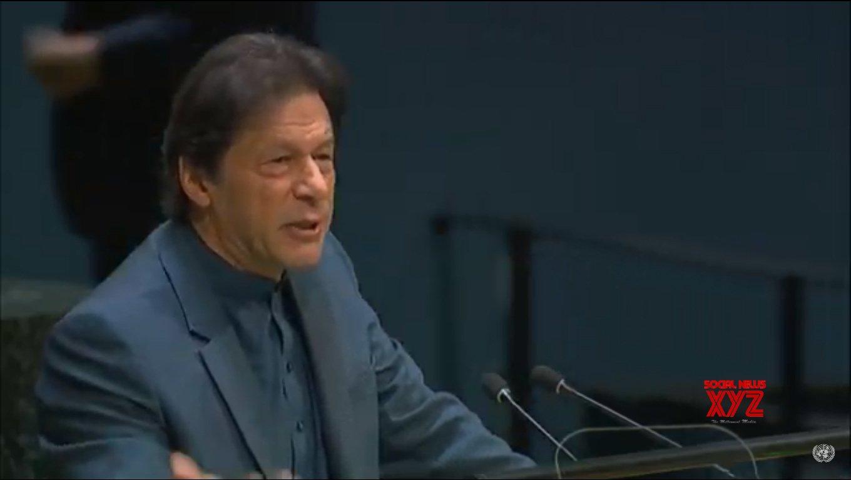20 lawmakers skip meeting called by Imran Khan in Peshawar
