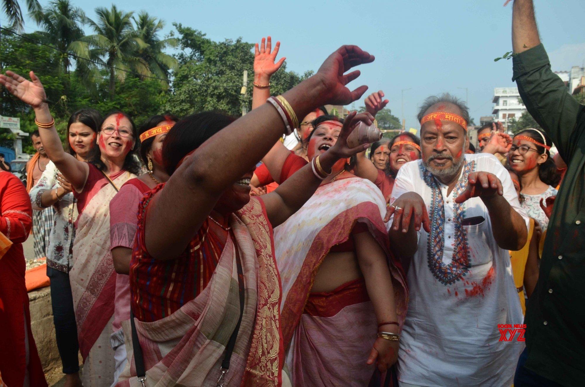 Patna: Durga idol immersion #Gallery