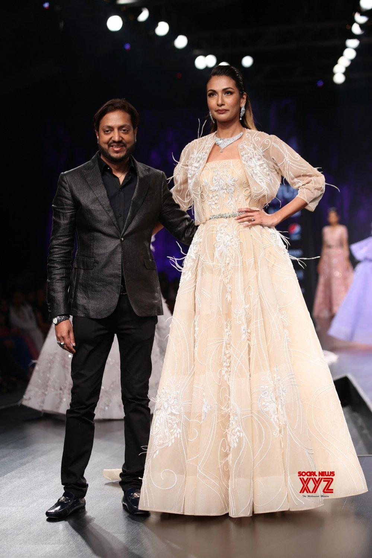 New Delhi: Lotus Make - up India Fashion Week - Amit GT #Gallery