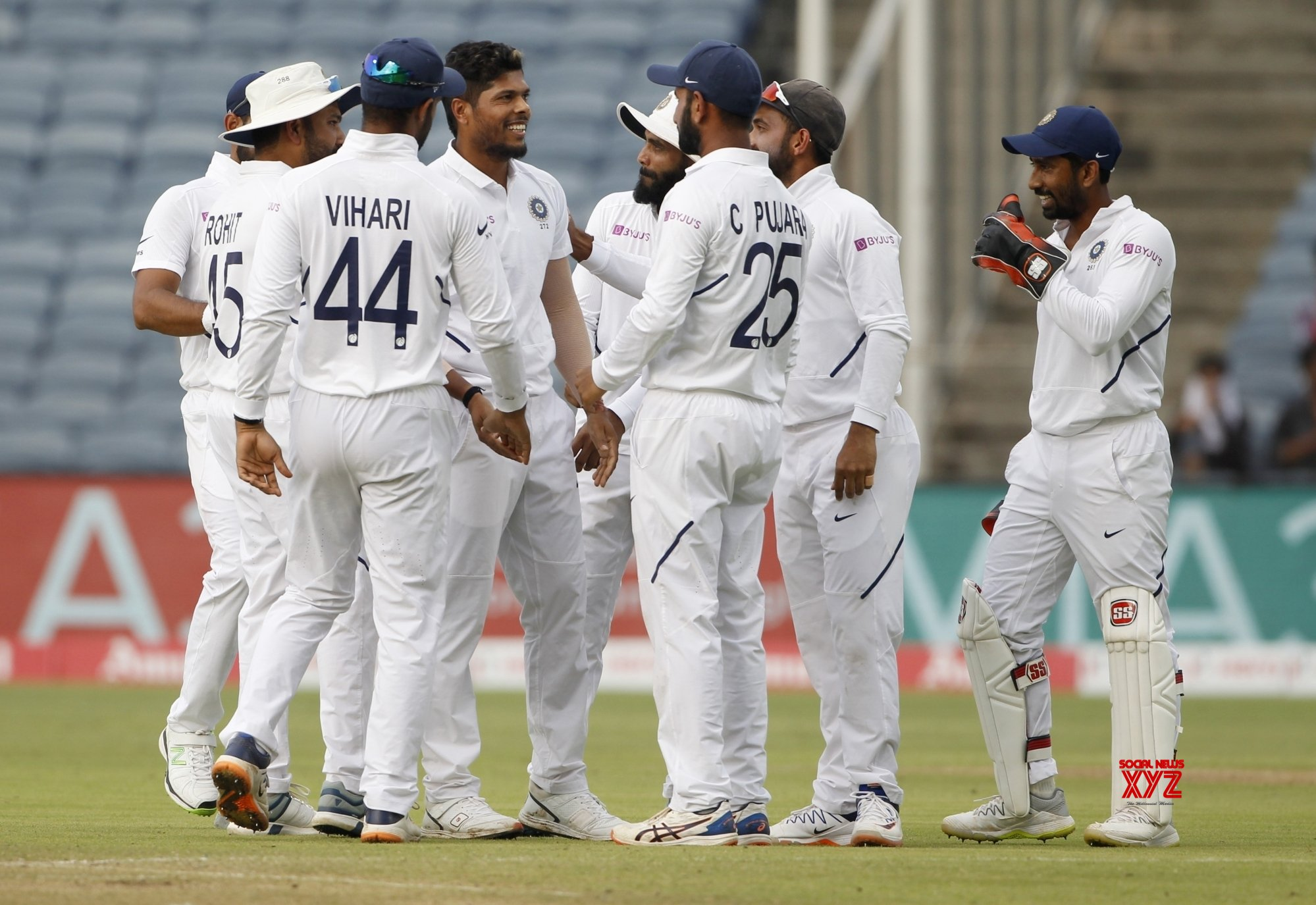 Pune: 2nd Test - India Vs South Africa - Day 2 (Batch - 20) #Gallery
