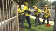 Firefighters battle to save Los Angeles-area homes [HD] (Video)