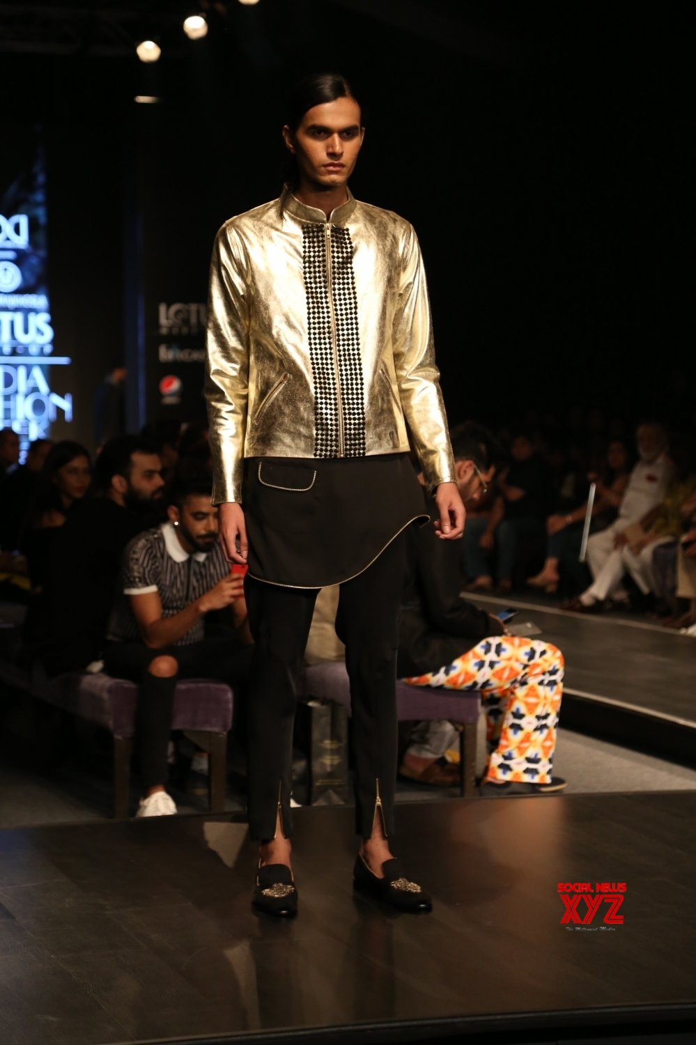 New Delhi: Lotus Make - up India Fashion Week - Day 4 - Manoviraj Khosla #Gallery