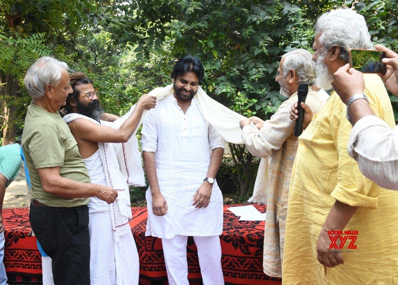 Haridwar (Uttarakhand): Pawan Kalyan visits Haridwar #Gallery