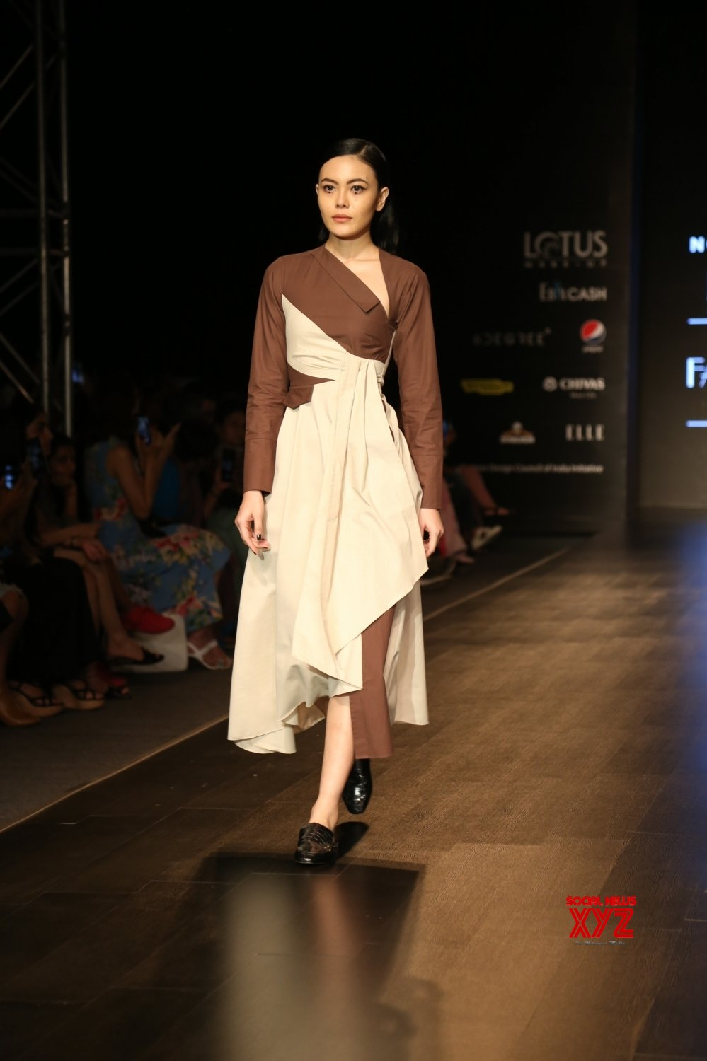 New Delhi: Lotus Make - up India Fashion Week - Day 4 - Notebook's collection showcased #Gallery