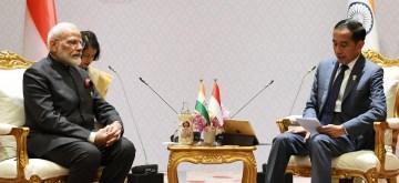 Bangkok: Prime Minister Narendra Modi meets Indonesian President Joko Widodo, on the sidelines of the 16th India-ASEAN Summit, in Bangkok, Thailand on Nov 3, 2019. (Photo: IANS/PIB)