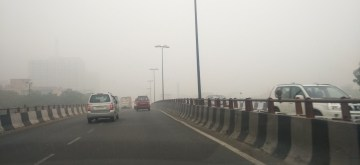New Delhi: Haze reduces visibility as smog engulfs New Delhi on Nov 3, 2019. (Photo: IANS)