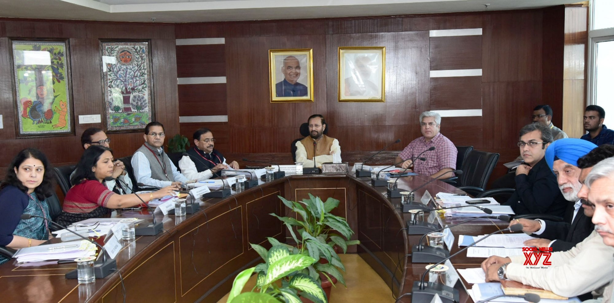 New Delhi: Prakash Javadekar chairs meeting to review air pollution mitigation efforts #Gallery