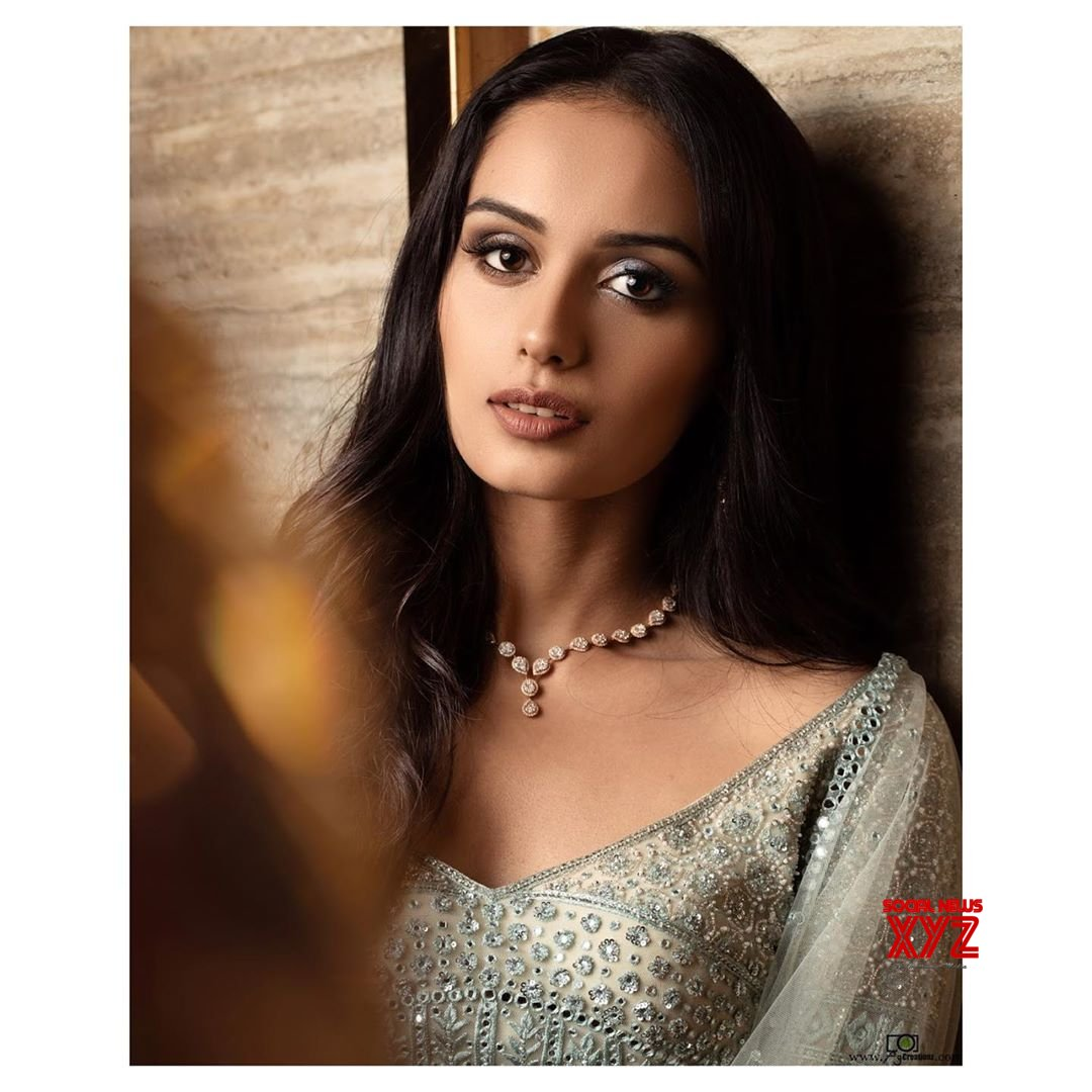Miss World Manushi Chhillar Stunning New Stills