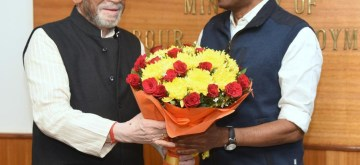 New Delhi: Union MoS Labour and Employment (Independent Charge) Santosh Kumar Gangwar meets Kerala Excise and Labour Minister T.P. Ramakrishnan, in New Delhi on Dec 2, 2019. (Photo: IANS/PIB)