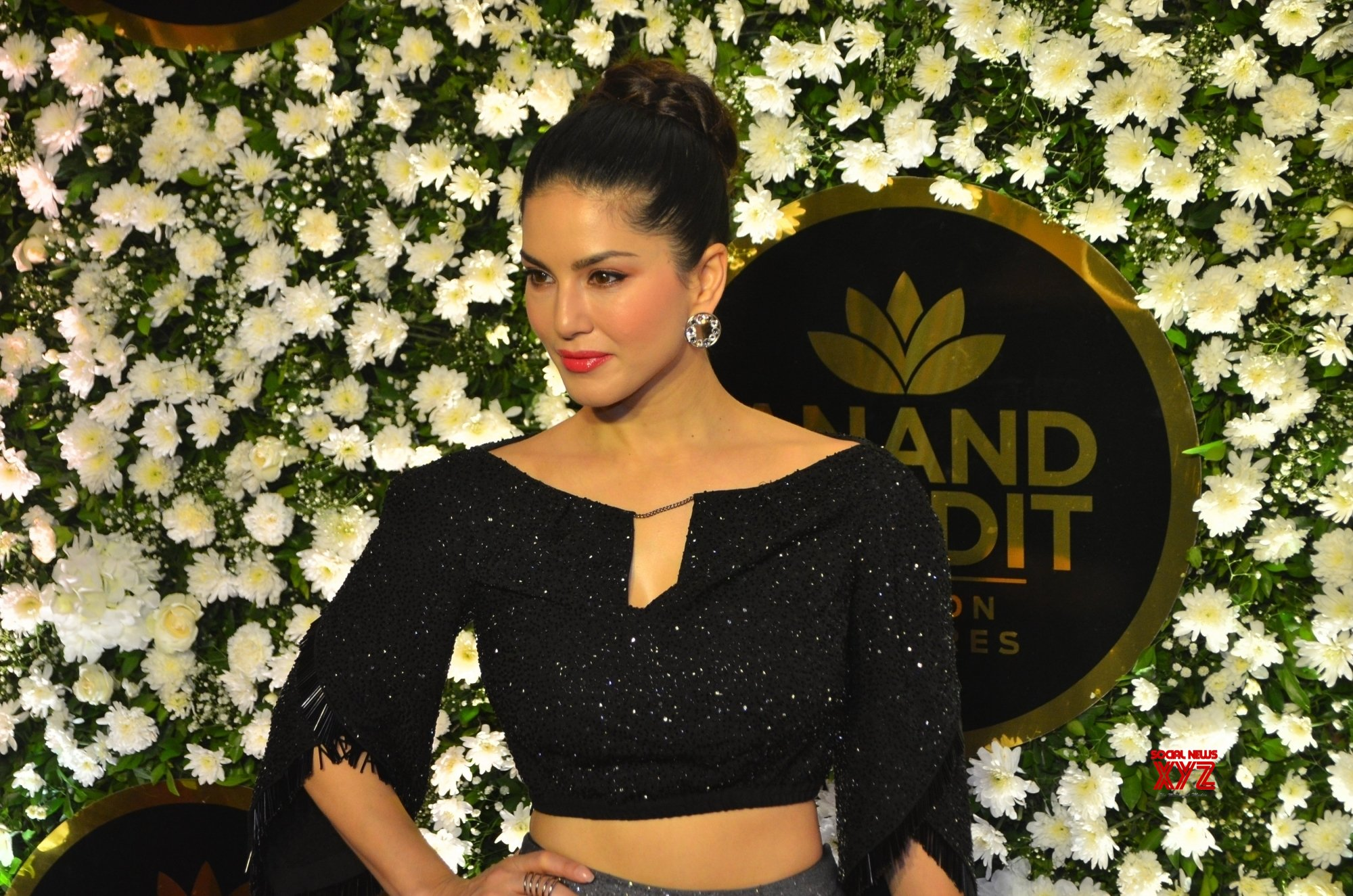 Sunny Leone, Rannvijay coming up with debut podcast shows