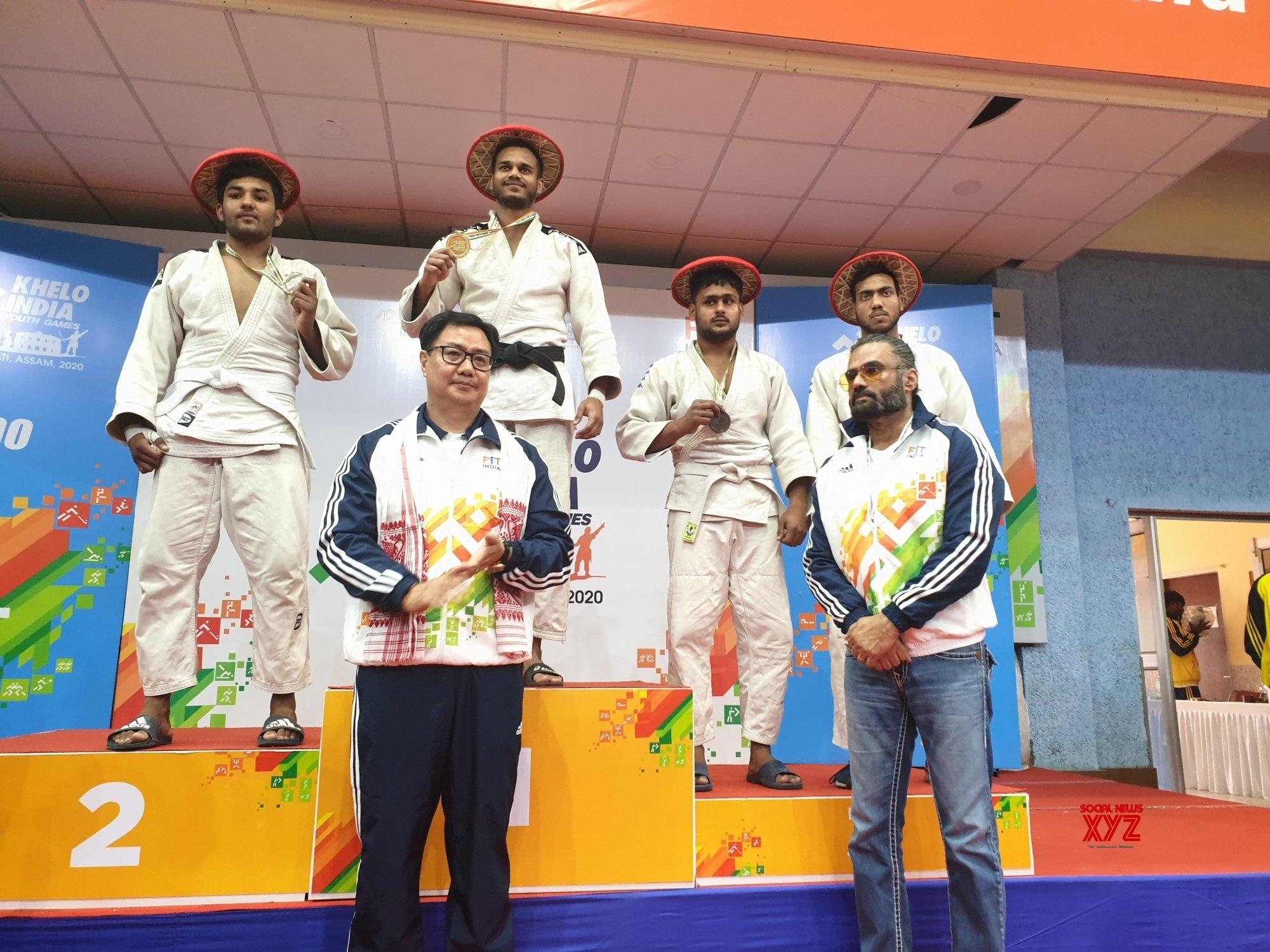 Guwahati: Rijiju, Suniel Shetty bat for drug - free sports culture #Gallery