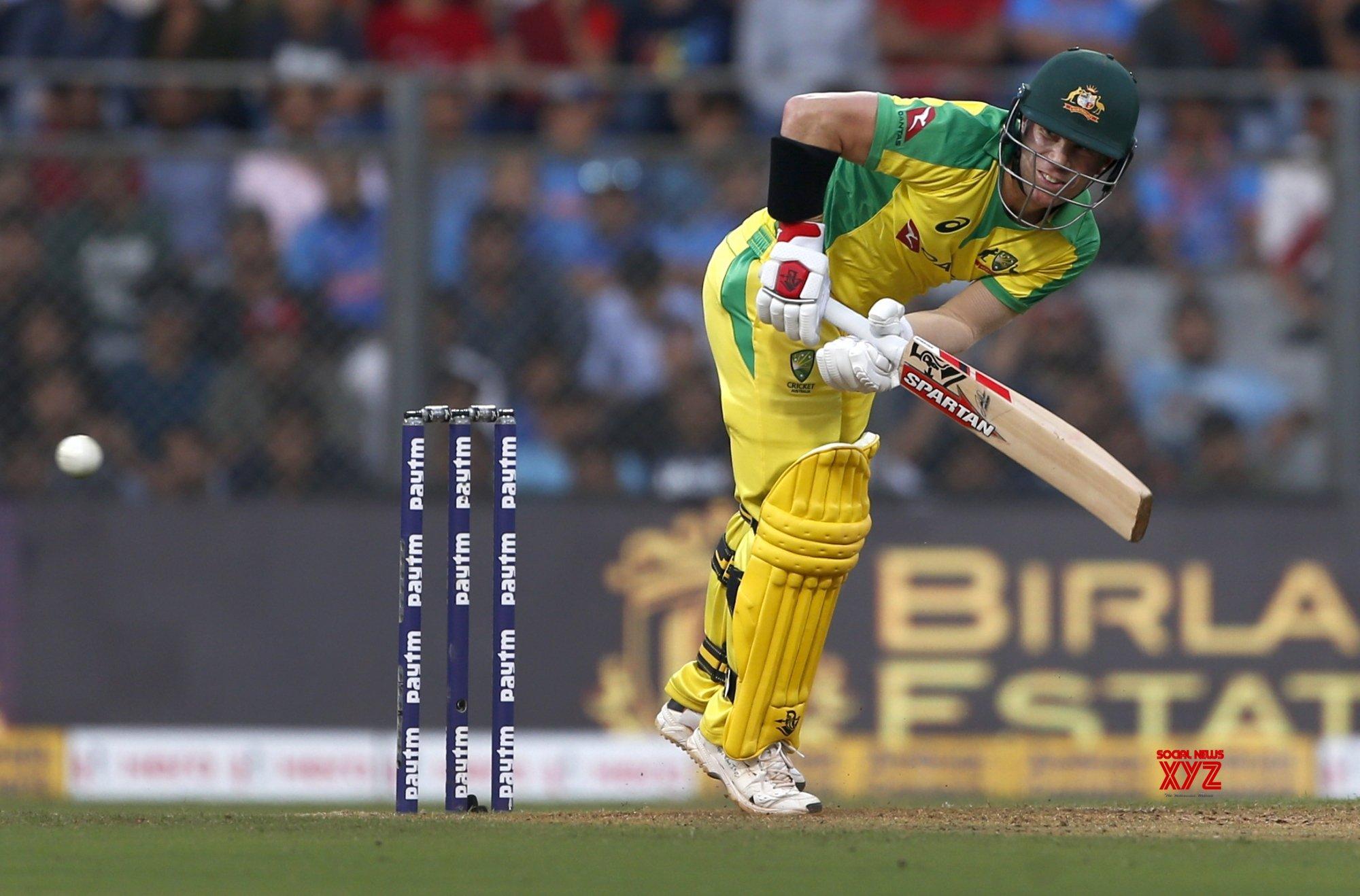 Warner becomes fastest Australian to amass 5000 ODI runs