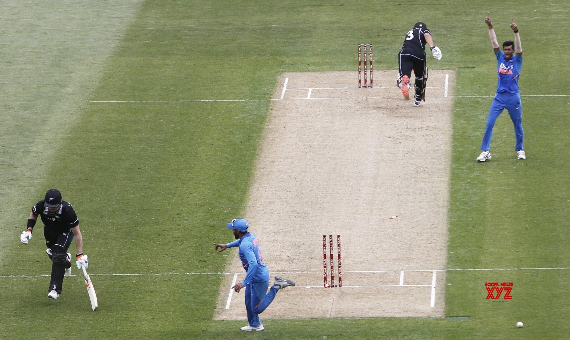 Auckland: 2nd ODI - India Vs New Zealand (Batch - 7) #Gallery