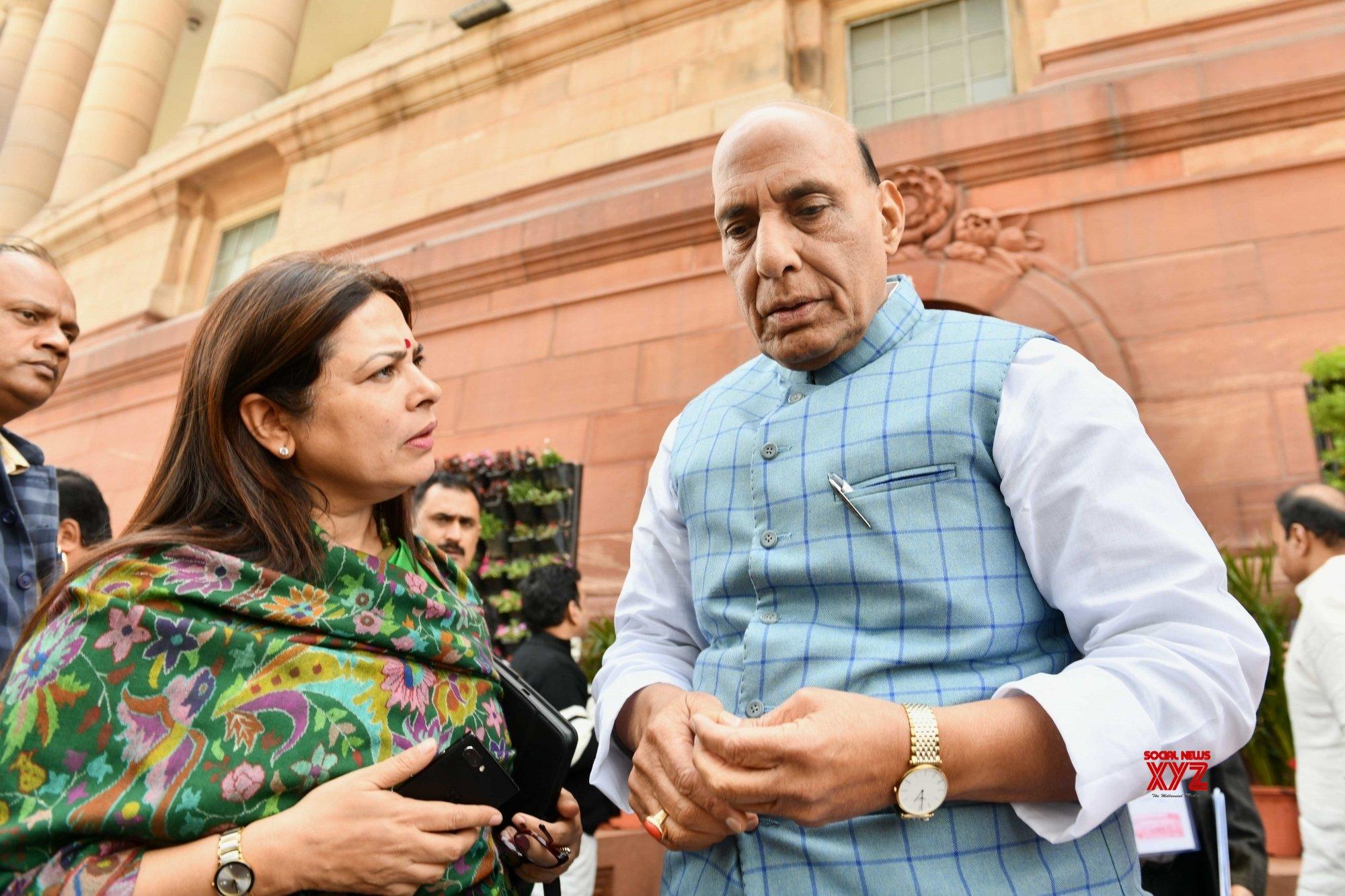 New Delhi: Budget Session - Rajnath Singh, Meenakshi Lekhi at Parliament #Gallery