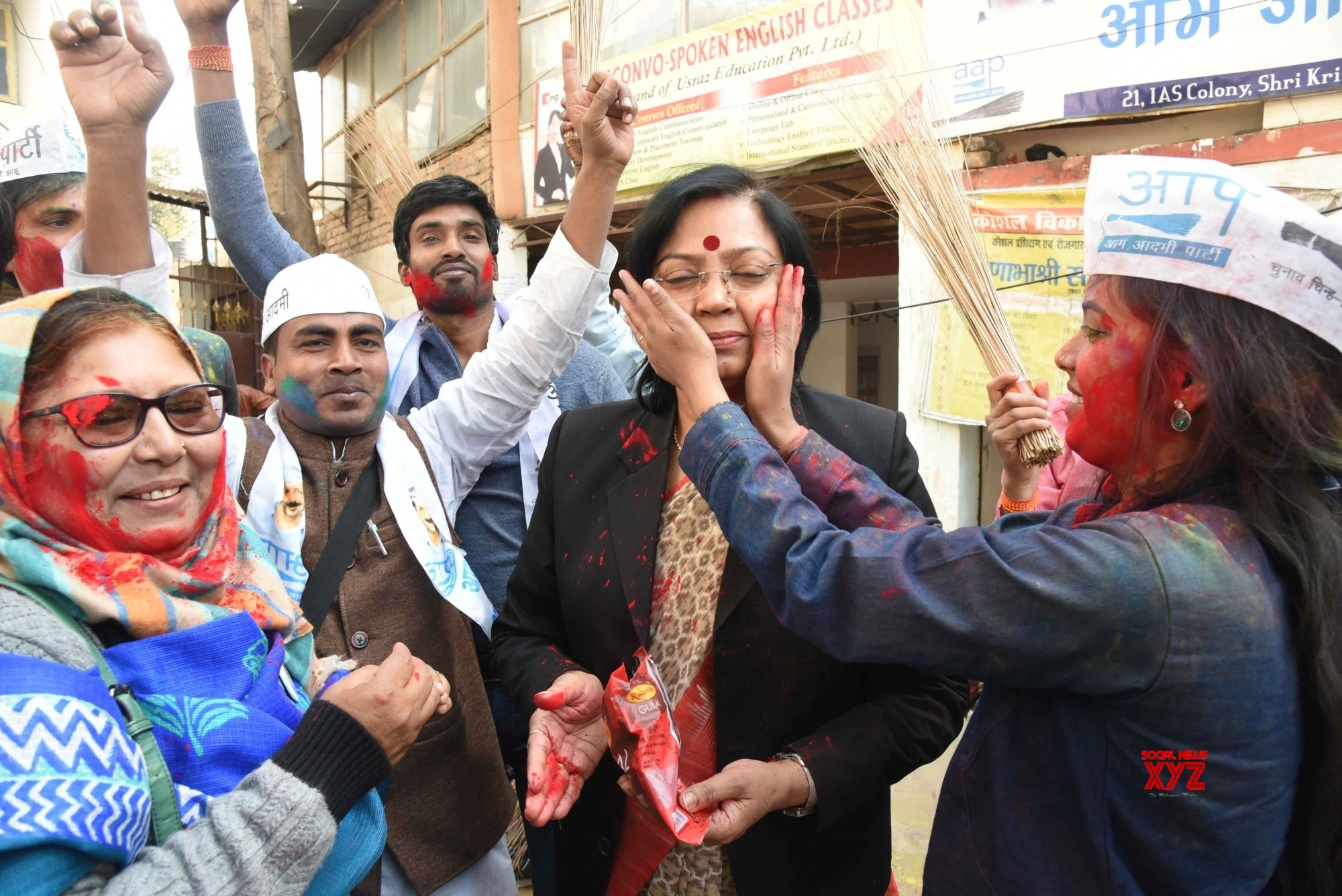 Patna: AAP sweeps Delhi Polls 2020, party workers celebrate #Gallery